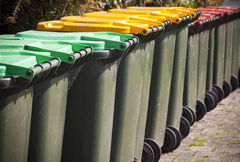 SweetPDZ keeps trash containers odor free.